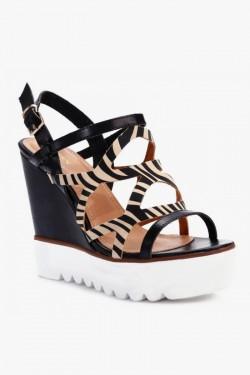 Sandały na koturnie Carmen Blk/Beige Pu