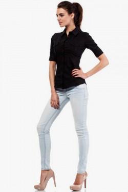 Klasyczna taliowana koszula z krótkim rękawem czarna