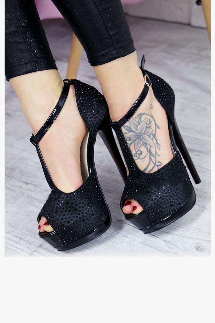 Czarne Sandały w Cyrkonie Mega Szpilka 6300