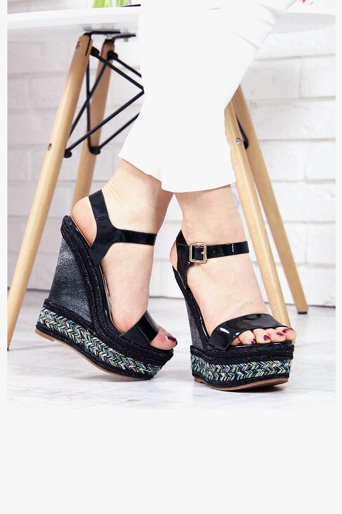 Czarne Sandały Mega Koturny 7388