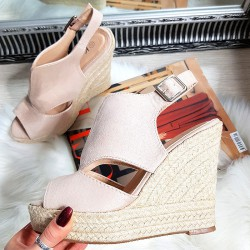 Zamszowe Beżowe Sandały Sznurkowy Koturn 8310