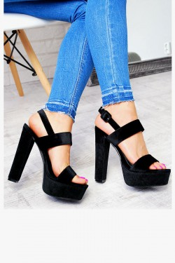 Welurowe Czarne Sandały na Słupku