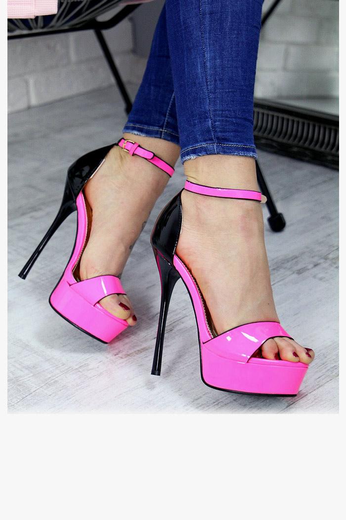 Lakierowane Różowe Sandały na Szpilce 4988
