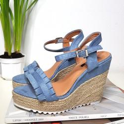 Niebieskie Zamszowe Sandały Na Koturnie 8318