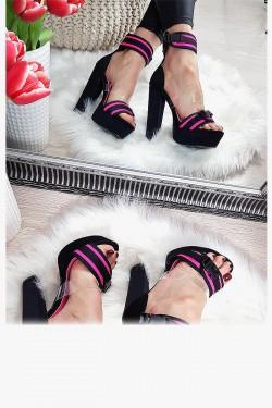 Sandały Czarne z Silikonowym Paskiem - Dodatki Różu 8166