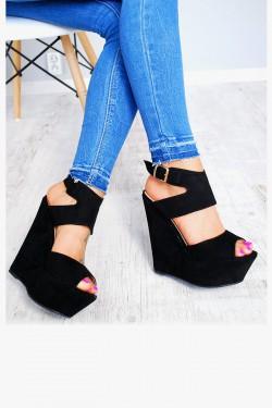 Czarne Zamszowe Sandały na Koturnie 7602