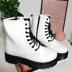 Wysokie Wiązane Białe Martensy Lakier 8430