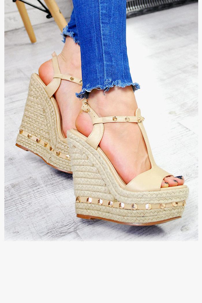 Beżowe Sandały na Sznurkowej Koturnie Piramidki 7459