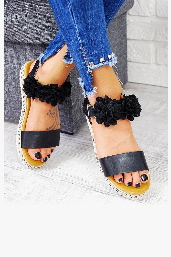 Sandały Czarne Pasek w Kwiatki 7731