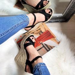 Czarne Zamszowe Sandały Na Koturnie 8287