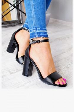 Sandały Czarne Klasyczny Słupek 7595